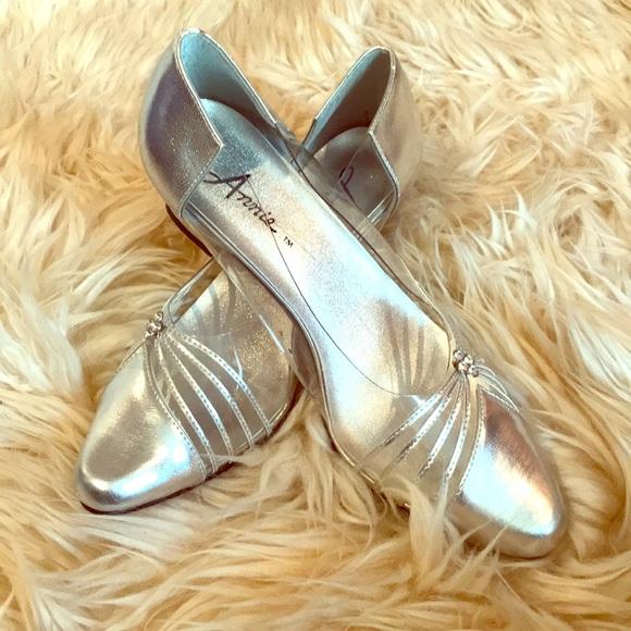 Vintage 1970's Clear & Silver Disco Heel!